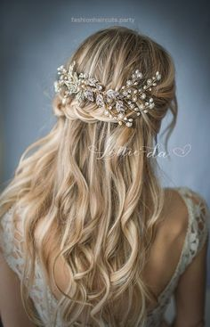 Amazingly Pretty Bridal Hairstyle Inspirations – Page 2 of 3 – Trend To Wear… Amazingly Pretty Bridal Hairstyle Inspirations – Page 2 of 3 – Trend To Wear  http://www.fashionhaircuts.party/2017/05/09/amazingly-pretty-bridal-hairstyle-inspirations-page-2-of-3-trend-to-wear/