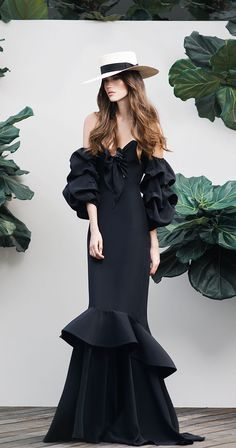 Joanna Ortiz Spring Summer 2016. Long Black dress. summer style. Fashion trend.