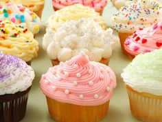 Constantly craving sweets and other high carb foods? Get rid of them for good with these tips. Chocolates, Cute Food, Yummy Food, Craving Sweets, High Carb Foods, Piece Of Cakes, Birthday Cupcakes, Yummy Cookies, Cupcake Cakes