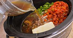 Make the Best Slow Cooker Keto Taco Soup Recipe in Your Crockpot Stew Chicken Recipe, Easy Crockpot Chicken, Keto Crockpot Recipes, Soup Recipes, Dinner Recipes, Crockpot Meals, Cooking Recipes, Easy Cooking, Recipes