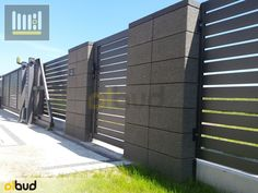 House Fence Design, Modern Fence Design, Bungalow House Design, Door Design, Exterior Design, Boundary Walls, Grades, Front Gates, Fence Art