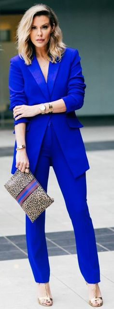 Awesome all blue office style - Office Outfits Office Fashion, Work Fashion, Fashion Outfits, Womens Fashion, Fashion Trends, Ladies Fashion, Cobalt Blue Suit, Bleu Cobalt, Office Outfits