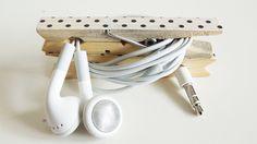 Des pinces à linge pour ses écouteurs