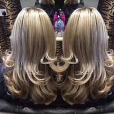 "Salon 47 on Twitter: ""Half head foils cut and curly blow using @SKPprofessional  #liverpoolhairdresser #curlyblowdry https://t.co/IW5xp8um5V"""