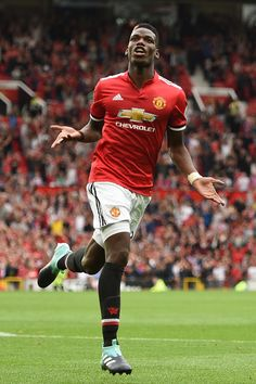 Soccer Tips. One of the greatest sporting events on this planet is soccer, also called football in numerous countries around the world. Paul Pogba Manchester United, Manchester United Football, Soccer Skills, Soccer Tips, Soccer Stuff, Best Football Players, Soccer Players, Pogba Wallpapers, Neymar