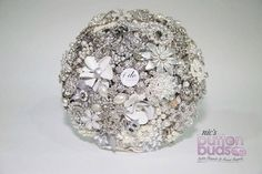 Such a #beautiful and #elegant #bouquet! This bouquet would look #amazing against any #weddingdress! Do you agree?  #alternativebouquet #stunning #brooches #sparkles #alternative #wedding #bride #instaweddings #handmade #love #weddingparty #celebration  #bridesmaids #happiness #unforgettable #forever #ceremony #romance #marriage #weddingday #broochbouquets #fashion #flowers #australia  www.nicsbuttonbuds.com.au www.facebook.com/nicsbuttonbuds www.pinterest.com/nicsbuttonbuds…