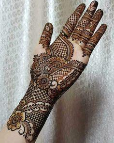 Round Mehndi Design, Mehndi Designs Front Hand, Latest Arabic Mehndi Designs, Latest Bridal Mehndi Designs, Legs Mehndi Design, Full Hand Mehndi Designs, Henna Art Designs, Mehndi Designs For Beginners, Mehndi Designs For Girls