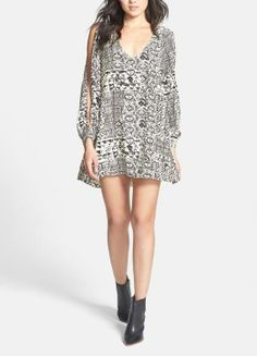 Retro and cute split Sleeve Shift Dress   L is for Lover
