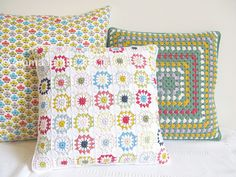 Love this trio of pillows. @Bethany Fackler you should make these for your bed ... Jeff would love it ;). And @Kelly Munger, do you see the fabric pillow that coordinates in the print you loved so much?!? ;). Maybe I need these because they would make me think of you 2!