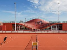 The Couch Tennis Club Architecture – Fubiz Media