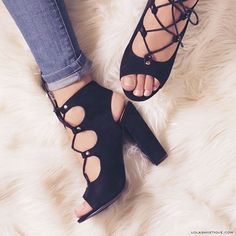 """WEBSTA @ lolashoetiquedolls - Denim jeans   Lace up chunky heels = A PERECT SUMMER LOOK!☀️💁Our """"MODERN DREAMS"""" was just restocked. Hurry ladies, get your summer heels NOW!#lolashoetique 