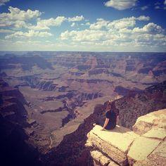 Just chilling #grandcanyon #amazingview #contiki #USA #Arizona by millyydaley