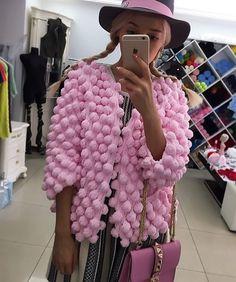 "Photo from album ""кардиганы"" on Yandex - Salvabrani Crochet Coat, Crochet Jacket, Crochet Cardigan, Chunky Knit Cardigan, Pink Cardigan, Knitwear Fashion, Knit Fashion, Knit Picks, Baby Sweaters"
