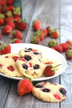 Gluten-Free Cream Cheese Cookies with Strawberries and Blueberries - no added sugars