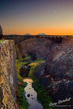 Crooked River Gorge, Central Oregon.