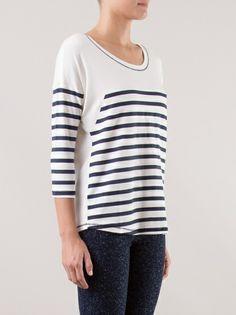 FILLITY - Blusa branca e azul marinho listrada 8