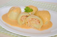 Citromhab: Hortobágyi húsos gombóc Croatian Recipes, Dumplings, Food And Drink, Meat, Breakfast, Serbian, Happy, Morning Coffee, Serbian Language