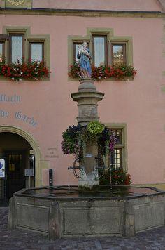 La fontaine Stockbrunna à Turckheim (Haut-Rhin)