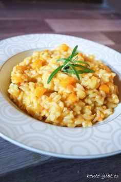 today there is . pumpkin risotto pumpkin risotto You are in the right place about Food pasta shrimp Here we offer you the most beautiful pictures about the Food pasta cheese you are looking for. When you examine the Pumpkin risotto Pumpkin risotto Healthy Italian Recipes, Italian Pasta Recipes, Vegetarian Italian, Vegetarian Vietnamese, Vietnamese Food, Salmon Recipes, Veggie Recipes, Vegetarian Recipes, Dinner Recipes