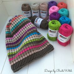 Free pattern for beanie popular with teens in Sweden called the BautaWitch beanie.
