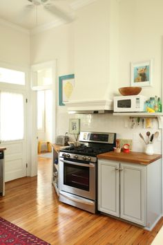 Cream wall colour on pinterest benjamin moore white - Glorious grey walls kitchen telling shades neutral ...