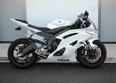 2011 Yamaha R6 Yamaha R6, Yamaha Motorcycles, Arch Motorcycle, Motorcycle Paint Jobs, Moto Bike, Pulsar Motos, Motocross, Quad, Motorbike Design