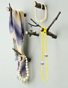 Branch wallhangers: I would use these in a smaller space for potholders in a country kitchen or handtowels in a bathroom... adorable!