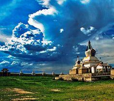 Mongolia stupa