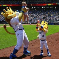 Simba moment-a favorite at the K! www.crowleyfurniture.com
