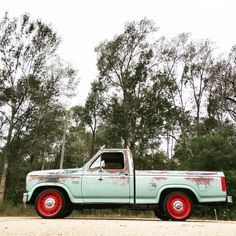 '82 Ford F-150 Classic Ford Trucks, Ford Motor Company, Ranger, Cars, Blue, Pickup Trucks, Autos, Car, Automobile