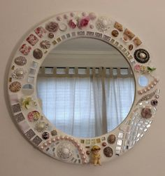 Whimsical round mosaic mirror by MicheleRiceMosaics on Etsy Mosaic Wall Art, Mirror Mosaic, Mirror Tiles, Mosaic Glass, Mosaic Tiles, Glass Art, Mosaics, Glitter Tiles, Mirror Painting