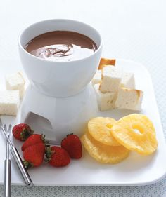 Chocolate Bar Fondue and Other Delicious Deserts   Get the recipe: http://www.realsimple.com/food-recipes/browse-all-recipes/chocolate-bar-fondue-10000001572903/index.html