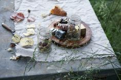 yummy picnic. remain simple.