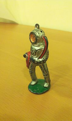 Vintage Barclay Manoil Lead Metal Deep Sea Diver Figurine Toy