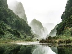 Ninh Binh Province better than Ha Long Bay in Vietnam, even in winter - AMA : travel Alone Photography, Landscape Photography, Nature Photography, Travel Photography, Travel Around The World, Around The Worlds, Mexico Destinations, Ha Long Bay, King Kong
