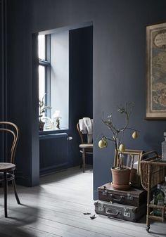 Aménager un studio avec des murs peints en bleu - FrenchyFancy couleur Stiffkey de Farrow & Ball