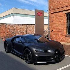 Sports Cars Lamborghini, Bugatti Cars, Black Porsche, Bugatti Veyron, Exotic Sports Cars, Weird Cars, Fancy Cars, Best Luxury Cars, Top Cars