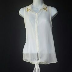 Cute off white studded shirt Cute off white studded shirt Tops Button Down Shirts