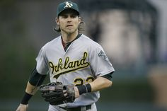 Josh Reddick's name surfaces in trade rumors as bat gets hot  BOSTON — With Josh Reddick entering the week as the hottest hitter around, the A's right fielder is starting to get mentioned in trade rumors even earlier than expected.    Because Reddick is a free agent after the season and because negotiations on a long-term deal have not  yielded results, Reddick is being linked to the two best teams in baseball, the Cubs and White Sox, by, among others, ESPN and the Boston Globe.  The Cubs…