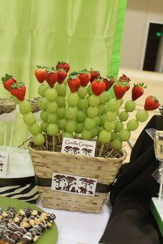 Anticucho de frutas