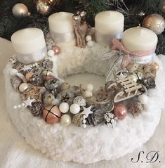 Adventi koszorúk pasztell eleganciával - Színes Ötletek Blog Christmas Advent Wreath, Xmas Wreaths, Winter Christmas, Christmas Time, Advent Box, Xmas Decorations, Diy And Crafts, Candles, Holiday Crafts