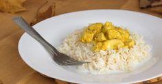 Recette de Blancs de poulet au curry et au vin blanc. Facile et rapide à réaliser, goûteuse et diététique. Ingrédients, préparation et recettes associées.