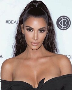 Kardashian style – My hair and beauty Looks Kim Kardashian, Kim Kardashian Wedding, Kim Kardashian Ponytail, Kim Kardashian Hairstyles, Half Ponytail, High Ponytails, Brown Blonde Hair, Medium Blonde, Kardashian Kollection