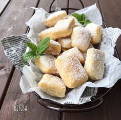 Homemade Sweets, Cafe Menu, Pretzel Bites, Bread Recipes, Sweet Tooth, Food And Drink, Cheese, Snacks, Baking