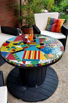 16 Ideas For Diy Table Top Mosaic Projects Tile Art, Mosaic Art, Mosaic Glass, Mosaic Tiles, Stained Glass, Mosaic Garden Art, Glass Tiles, Mosaic Crafts, Mosaic Projects