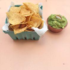 Chips x Guacamole