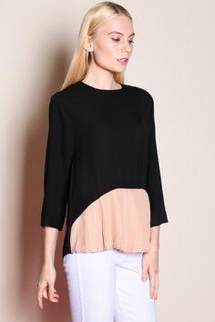 3/4 Sleeve Pleated Hem Top (Black/Khaki) NEWSGD$ 29.00
