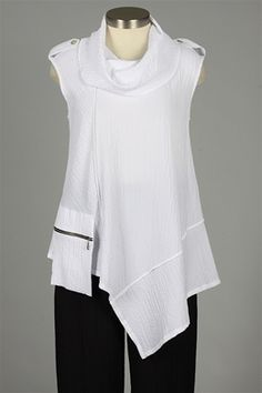 Y&S Fashion Designers - Sleeveless Zipper Pocket Top $134