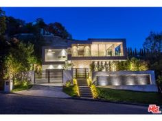 Stunning New Contemporary Home For Sale in the Sunset Strip Designed by Michael Parks of MSP Design Development, :http://www.christophechoo.com/stunning-new-contemporary-home-sale-sunset-strip-designed-michael-parks-msp-design-development/