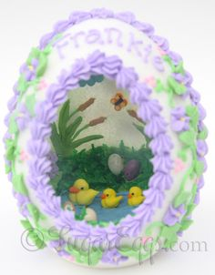 Panoramic Sugar Eggs for Easter - I want to make one of these for my grand daughter - just like when my Grandma made one for me!